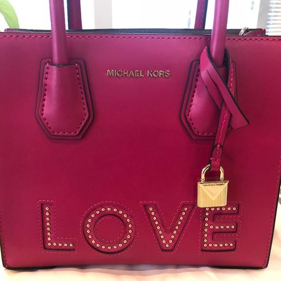 8acba81fad40 MICHAEL KORS  Love  Pink Studded Handbag. M 5bf57dc13c9844197c18b4b9